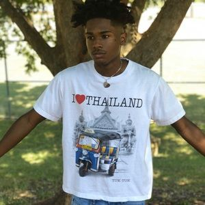 Vintage Thailand tee size small